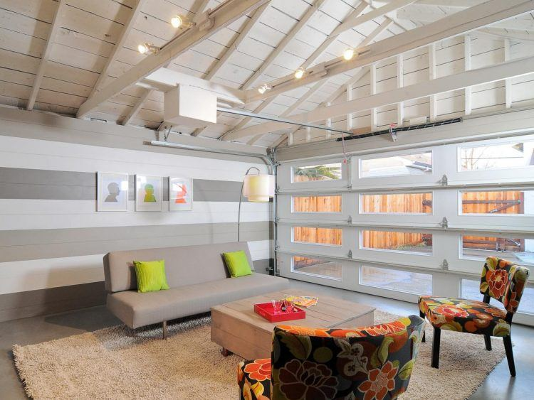 DP_Kerrie-Kelly-neutral-contemporary-sitting-area-converted-garage-living-room_h.jpg.rend_.hgtvcom.1280.960-750x563.jpeg